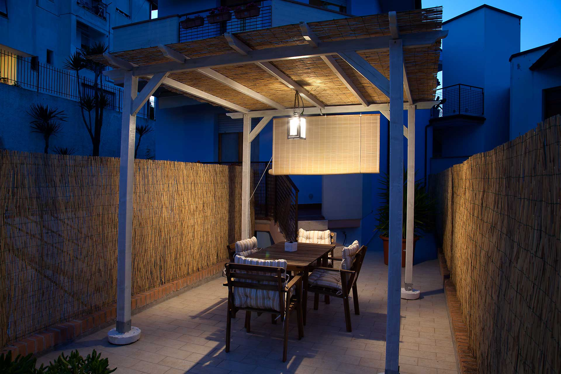 SiroloMyHouse-appartamento-gazebo-notte